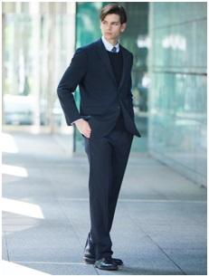 ユニクロのオーダーメイド感覚スーツ