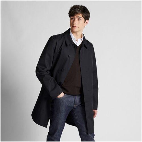 ユニクロ黒のコート
