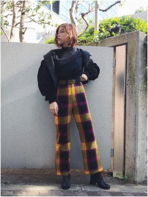 高身長女性のカラパンコーデ